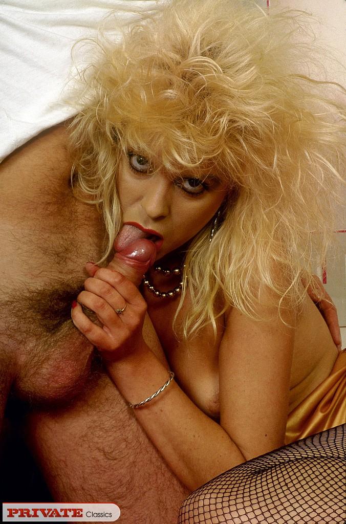 galleries privateclassics Private Magazine Blonde hotties 13