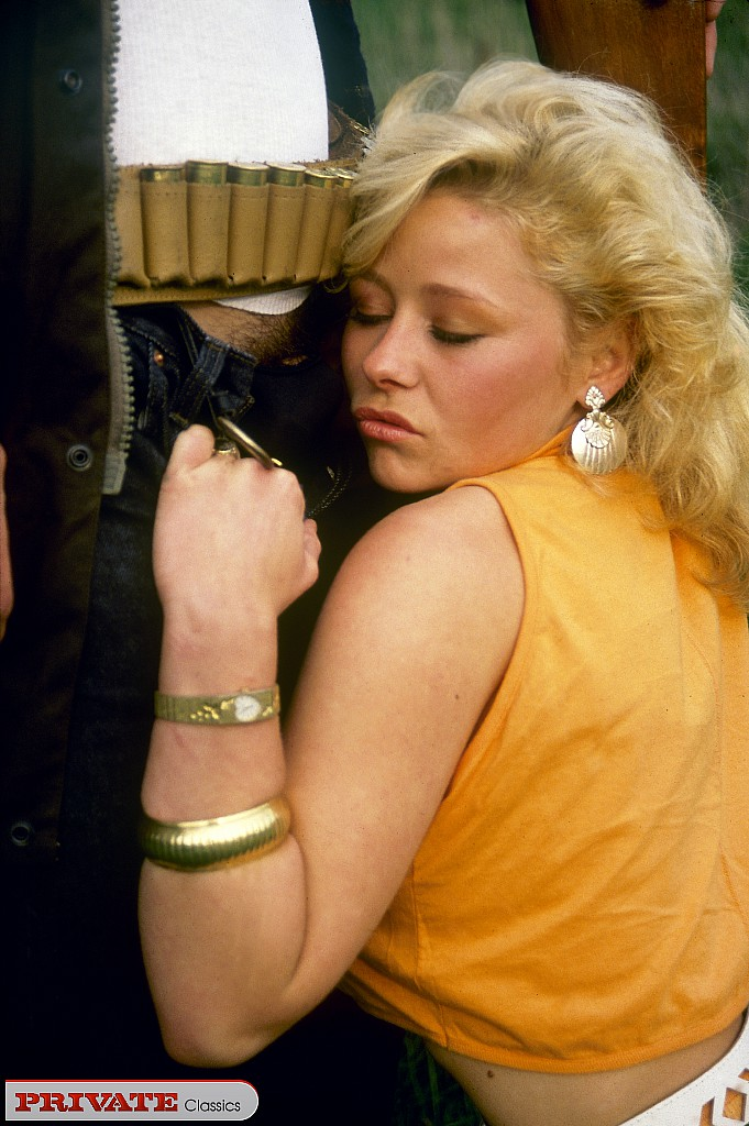 galleries privateclassics Private Magazine Blonde hotties 4
